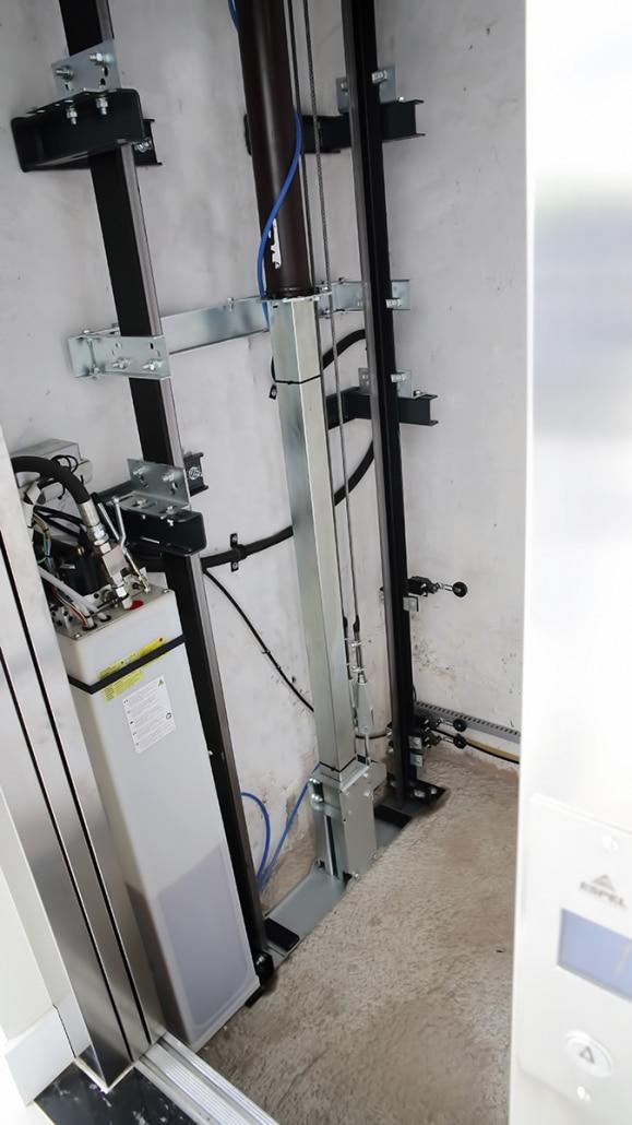 Elevador Hidráulico sem casa de máquina